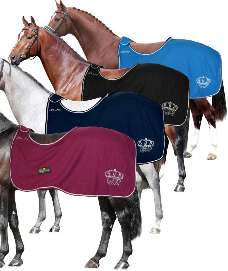 Elly battery cover ideal for mounting during the cold season Horses